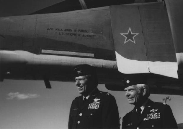 Colonel Steve Wayne and Lt. Col. Bob Pardo. USAF Photograph.