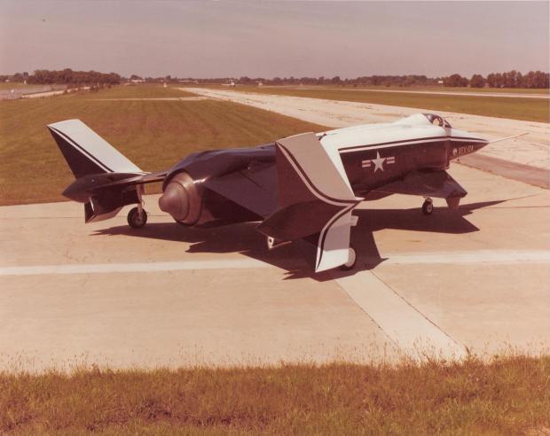 XFV-12A_HC352-0-112_P1