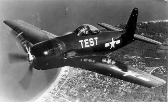 F8F_Bearcat_(flying)