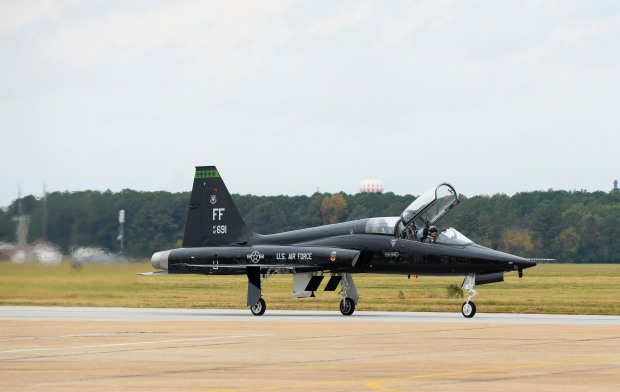A T-38 Talon taxis in after a training mission at Langley Air Force Base, Va., Nov. 17, 2014. (U.S. Air Force photo by Senior Airman Austin Harvill/Released)