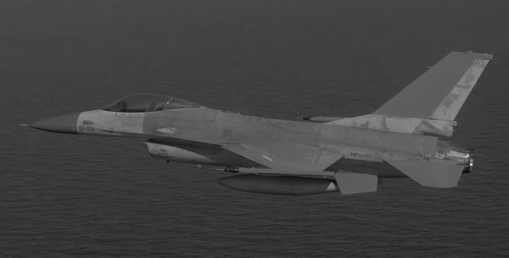 F16drone10
