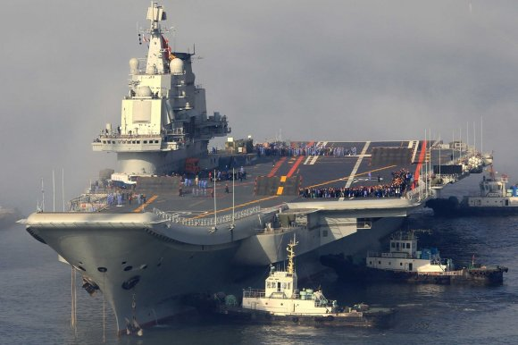 The Chinese carrier Liaoning. The new vessel under construction will bear a fairly heavy resemblance to the Liaoning. (Photographer unknown/public domain).