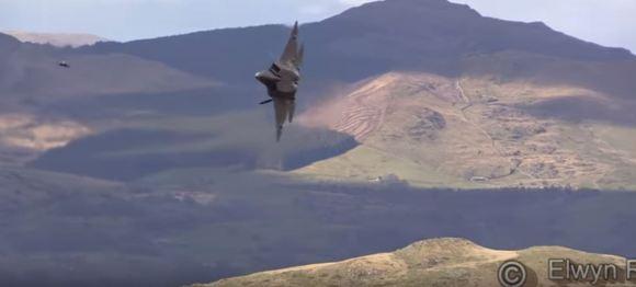 F-22 Mach loop
