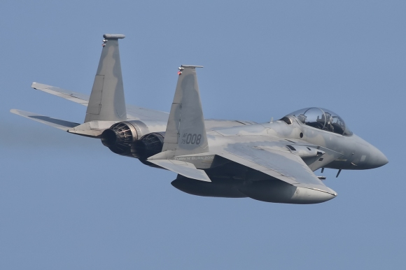 F-15D Eagle 79-0008 gave the best departure of the eight. All images taken by Alan Kenny.