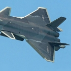Chengdu J-20 Thrills at Zhuhai Airshow