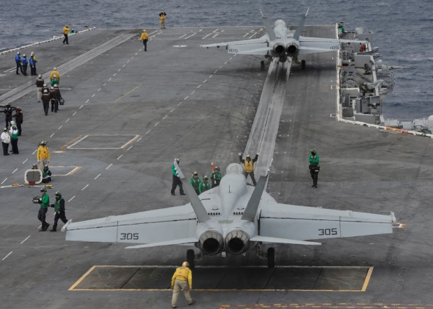 Planes on flight deck of Nimitz